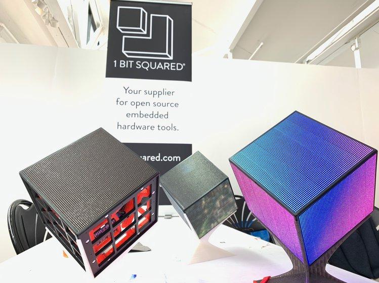 led-cubes-at-teardown_jpg_project-body
